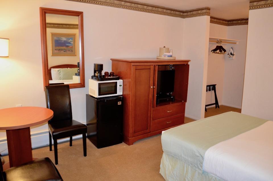 215 room 1